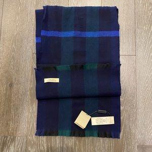 NWT Burberry cashmere scarf
